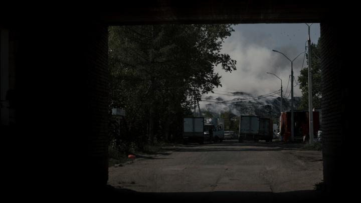 «Мы здесь как в аду». Репортаж из самого злачного места в Новосибирске: рынок, свалка, кладбище и горстка домов