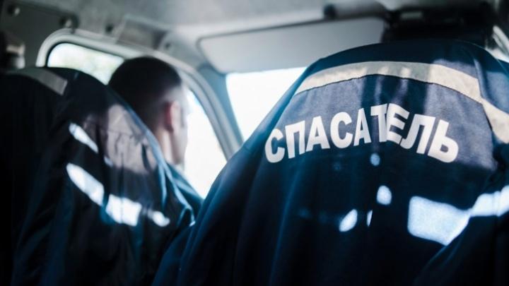 Пятеро спасателей помогли тюменке, у которой палец застрял в блендере