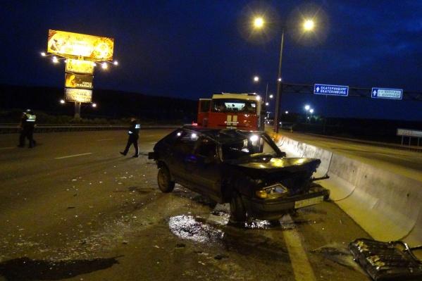 За рулем отечественной легковушки был пьяный 19-летний парень