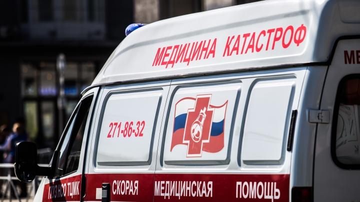 В Кузбассе 2-летний ребёнок отравился каплями для носа. Его доставили в больницу в тяжёлом состоянии
