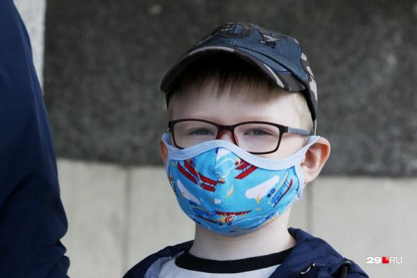 Привыкаете к маскам? Они все еще актуальны