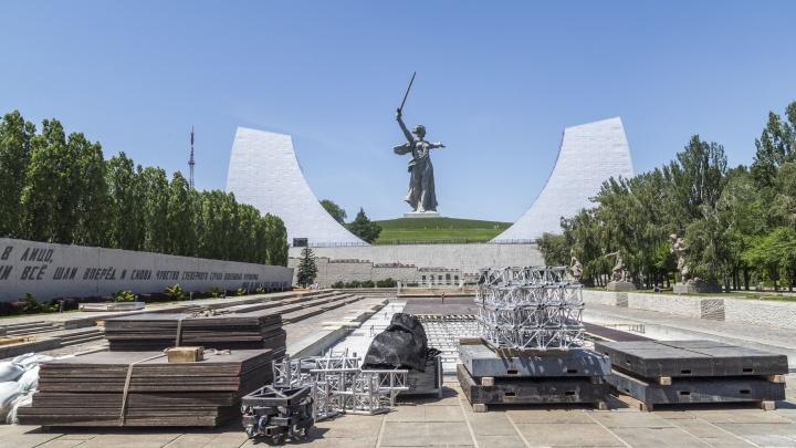 «Вход только по пригласительным»: грандиозное шоу на Мамаевом кургане Волгограда посмотрит 100 человек