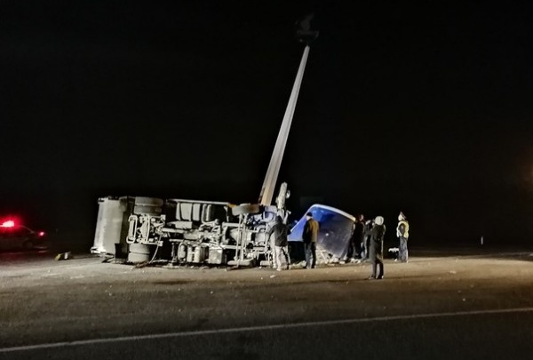 После смертельной аварии на трассе М-5 поставят новый арт-объект вместо стелы, снесённой мусоровозом