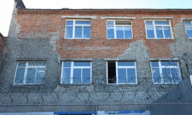 Новосибирское СИЗО получило сообщение о заложенной бомбе — прошла эвакуация