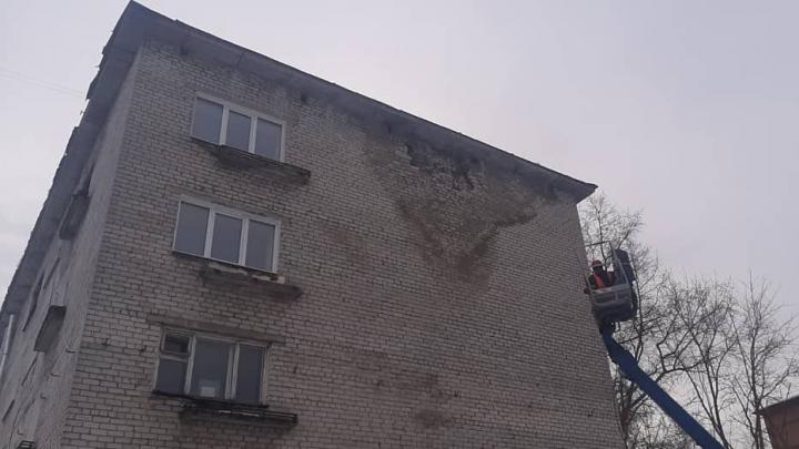 В Березниках обрушилась часть кладки многоквартирного дома