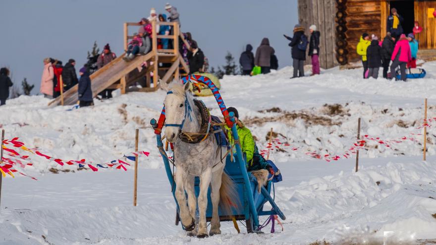 Потешные солдаты, снежный городок и много сыра: как пройдет Масленица в Хохловке