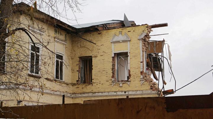 Глава Прикамья попросил досрочно выдать два миллиарда рублей на расселение аварийного жилья