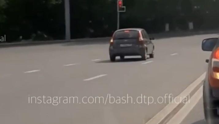 «Мне нужно налево, и точка»: уфимцы пошутили над водителем, который усердно поворачивал со встречки