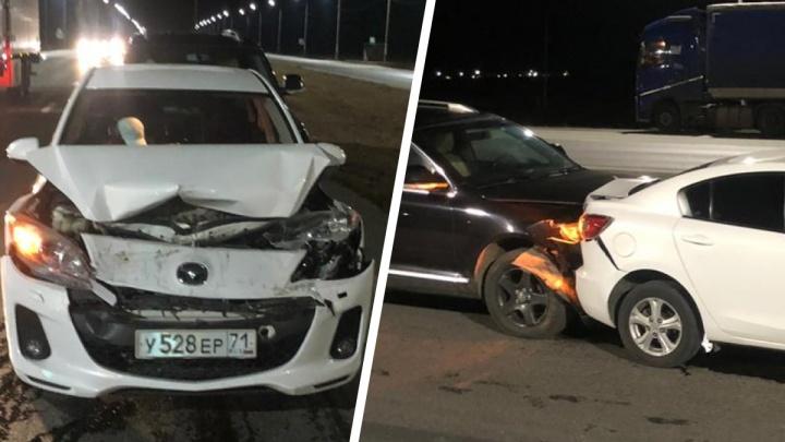 Пьяный водитель на Volkswagen устроил крупное ДТП под Екатеринбургом и убежал в лес