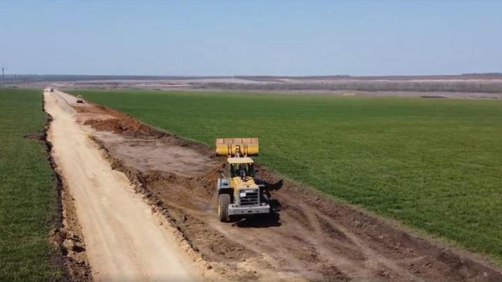 В Мясниковском районе начали строить экокомплекс по обращению с отходами и подъездную дорогу к нему