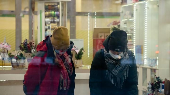 В оперштабе прокомментировали, почему подростки из-за коронавируса не могут ходить в ТЦ на кружки