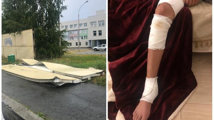 Прокуратура выяснит, кому принадлежит забор на Крестинского, который упал на школьника