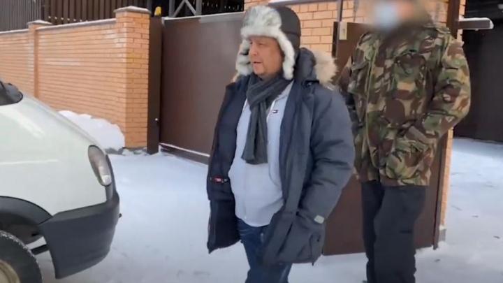 Начальника новосибирского ТУАД задержали следователи. В чем его подозревают