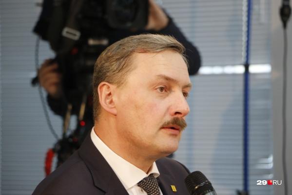 Игорь Годзиш сказал, что сейчас проблем с приобретением масок в городе нет, и цены на них достаточно демократичные