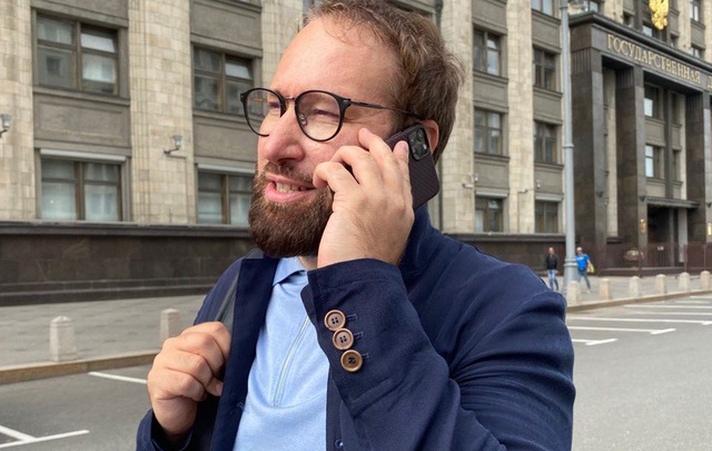 Депутат Госдумы от Кузбасса поддержал врачей, которые не разрешали транспортировать Навального