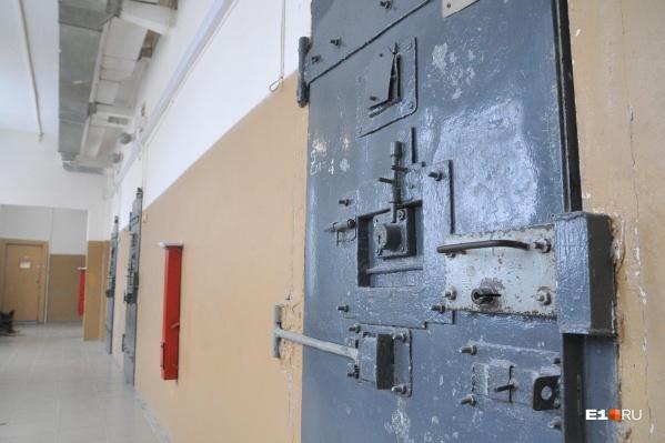Если вирус пойдет по заключенным, это будет беда для всей системы