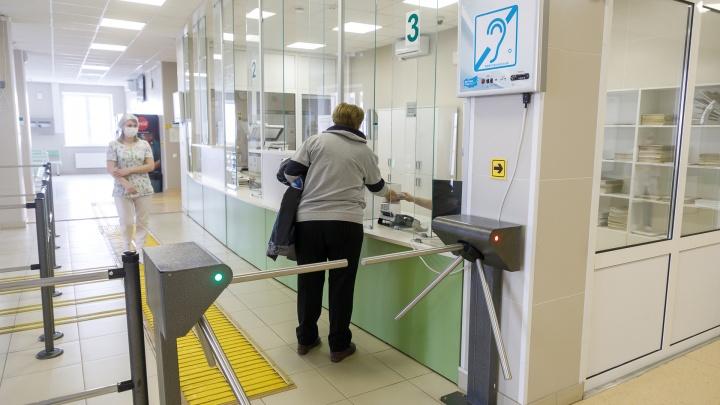 За сутки принудительно изолировали 211 волгоградцев, в больницы доставили 21 человека