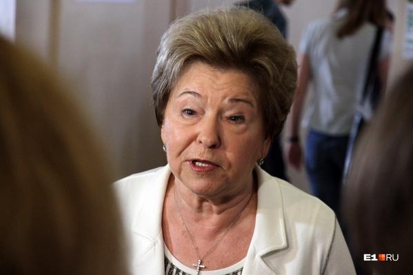 Наина Ельцина тоже сидит на карантине и времени зря не теряет. Скоро будет готова ее книга рецептов