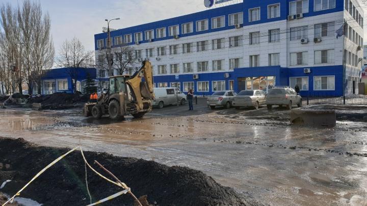 В Самаре Заводское шоссе выровняли щебнем