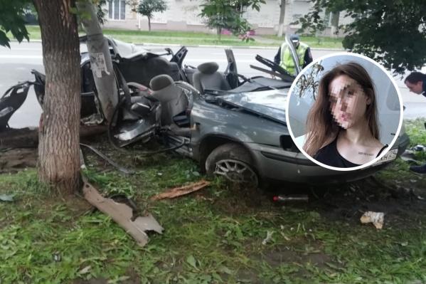 Одна из девушек, пострадавших в ДТП, скончалась в больнице