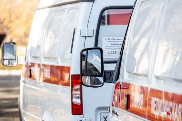 Не только фельдшеры скорой помощи, но и водителиежедневно рискуют заразиться коронавирусом