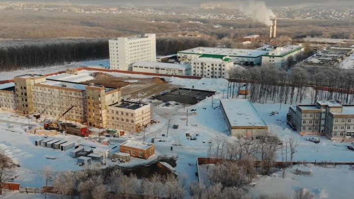 Целый городок: у «Самара Арены» построили уже несколько новых корпусов для ГИБДД