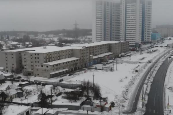 6-этажный ГСК строили с 1987 по 2008 год