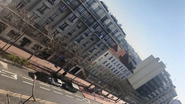 «Выйти на улицу без уважительной причины стоит 135 евро» — сибирячка о первых днях карантина в Париже