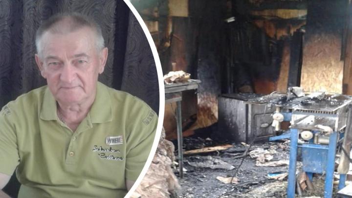 «Была страшная ночь»: в Ярославле мастер потерял в пожаре все инструменты и произведения