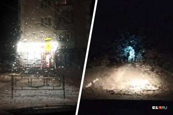 Из-за замерзающих на стекле капель дождя видимость для водителей заметно снижается