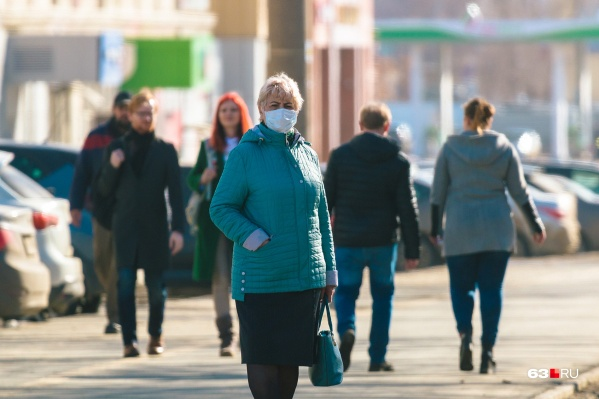 Пожилые граждане находятся в группе риска по COVID