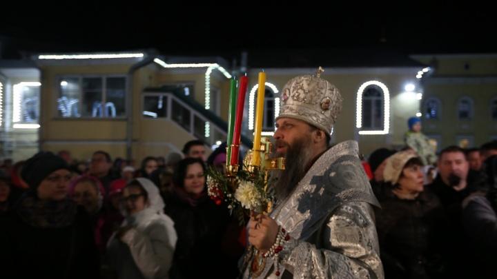 Трансляцию пасхального богослужения из новосибирского храма покажут онлайн — смотрите на НГС