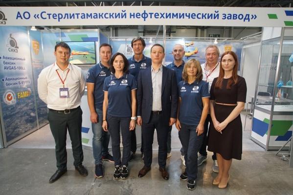 «Стерлитамакский нефтехимический завод» выступил топливным партнёром пилотажной группы в лётном сезоне 2020