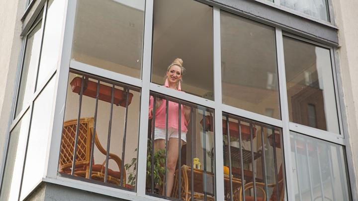 Переезжайте на балкон: избавляемся от плесени, утепляем и проводим электричество