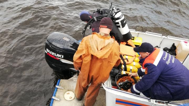 Крушение баржи в Рыбинском водохранилище: поиск второго пропавшего приостановлен