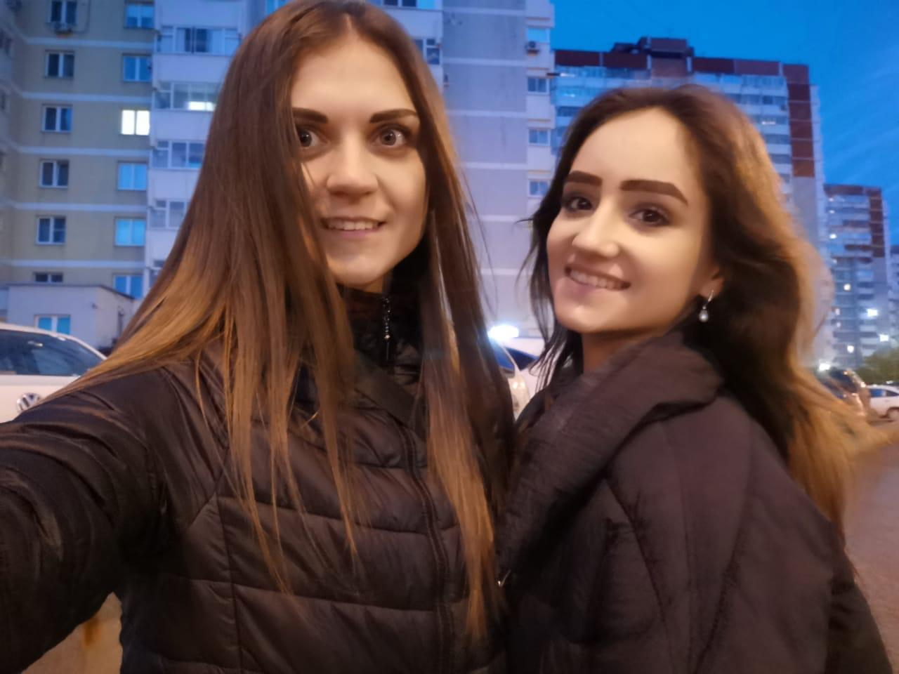 Екатерина сдвоюродной сестрой Галиной