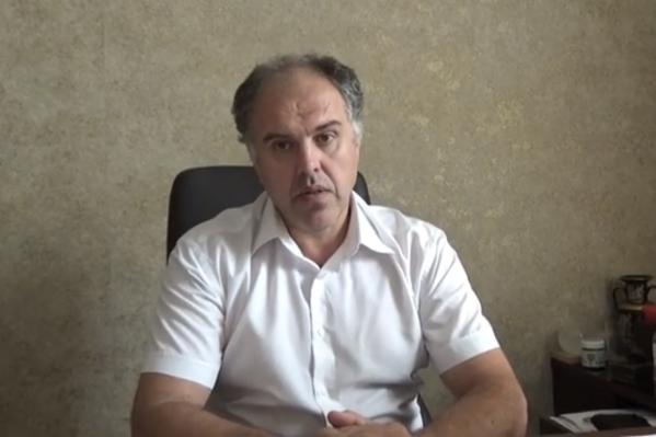 Бридковский рассказал, что в азовской ЦГБ на 25 койках в госпитале лежат 38 человек
