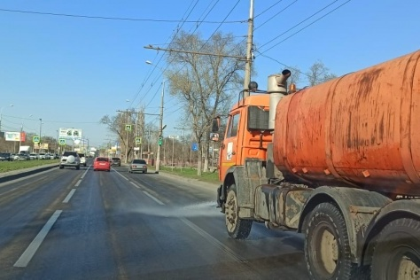 Вода в грузовиках питьевая