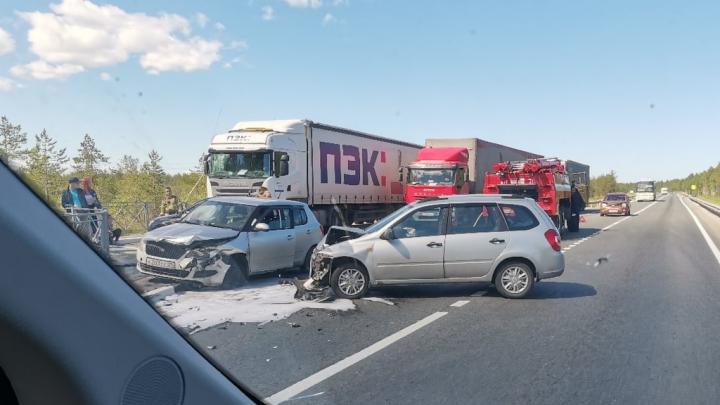 На трассе Северодвинск — Архангельск столкнулись два легковых автомобиля