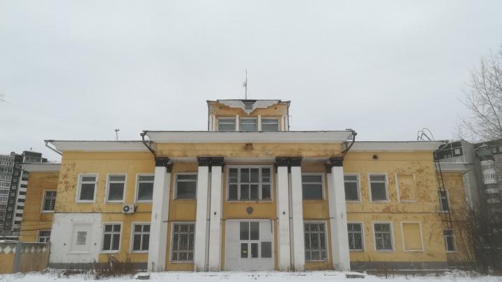 Довоенное здание аэропорта Уктус предложили сделать частью гигантского «золотого» автовокзала