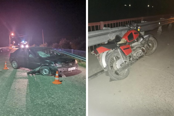 Молодые люди находились у мотоцикла, когда в них въехал водительRenault