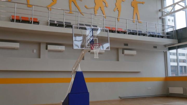 В историческом месте Челябинска открыли спорткомплекс для полицейских