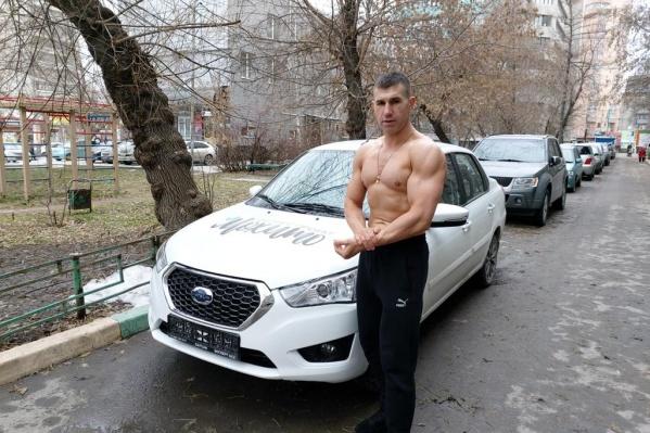 Алексей Загороднов получил приз за первое место —Datsun on-DO