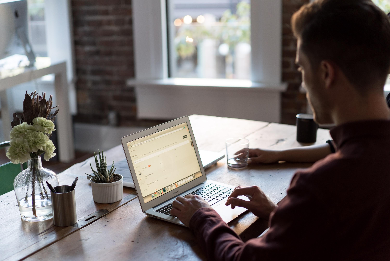 Новая цифровая реальность дает безграничные возможности для общения и работы