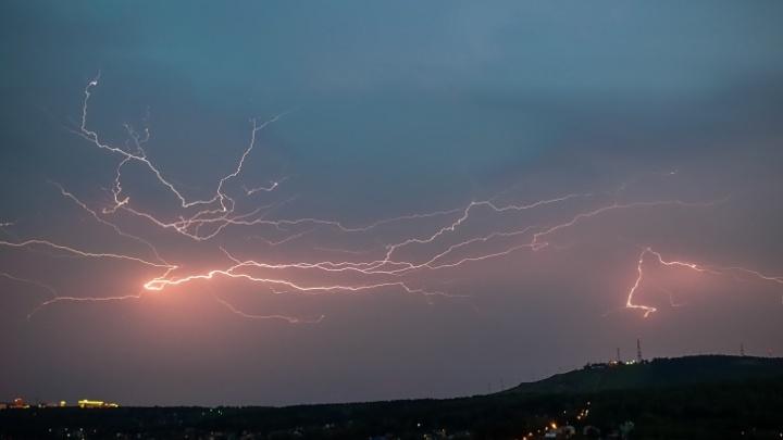 Правила поведения во время грозы: инструкция, как уберечься от удара молнии