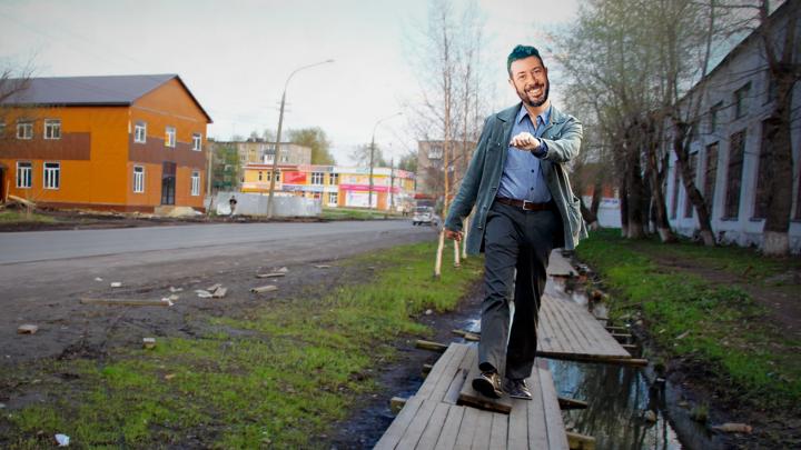 «Страшная красота и экология»: Артемий Лебедев предложил замостить Архангельск деревянными тротуарами