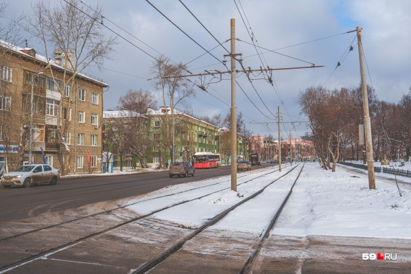 Движение трамваев закроют до 30 августа