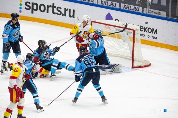 Последний раз сибиряки встречались с финнами в рамках текущего сезона КХЛ в Хельсинки 25 сентября 2020 года. Тогда игра завершилась со счётом 5:2