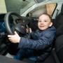 Справится даже ребенок: как выбрать машину, ориентируясь на мнение младших членов семьи