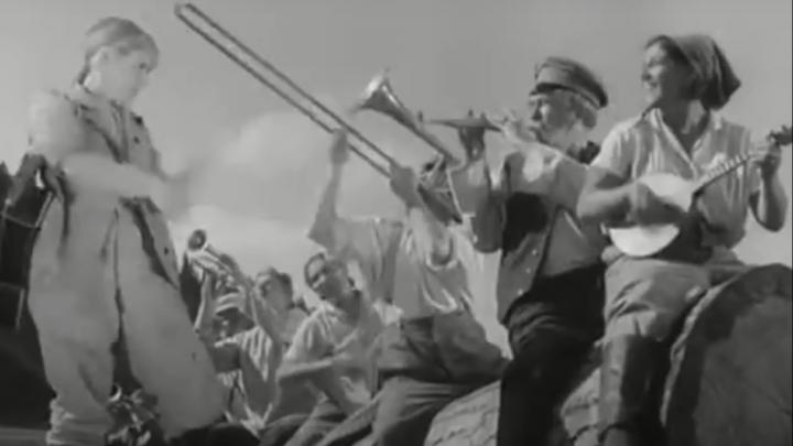 «Девчата», «Волга-Волга» и другие фильмы: как выглядел Пермский край в старом кино